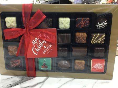 Belgian delights deluxe christmas selection gift boxed chocolates