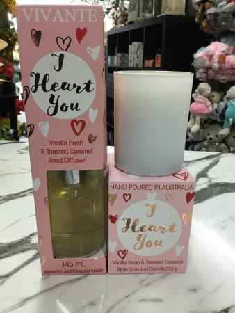 I heart you candle and diffuser gift set